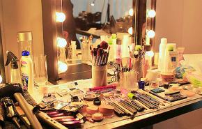 My dream Makeupdesk.